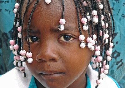 niña angoleña